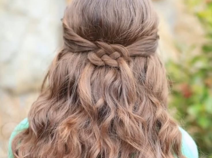your Irish with these lovely celtic knot braids. Cute Girls Hairstyles ...