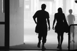 1280px-Man_and_woman_silhouettes