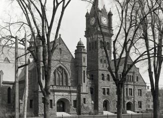 Mount Holyoke College, Mary Lyon Hall, Massachusetts, women's colleges, via Wikimedia Commons