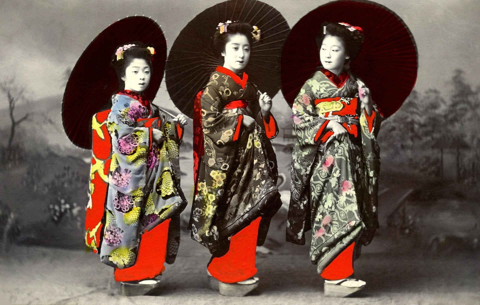 geisha woman in japan