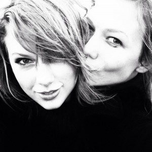 karlie kloss and tay